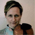 Hannah Perowne violin